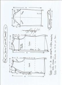 Esquema de modelagem de blusa com abertura e meio colarinho tamanho 56.