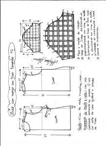 Esquema de modelagem de blusa com manga em tiras tamanho 40.