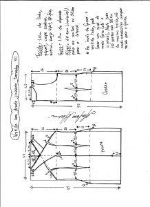 Esquema de modelagem de vestido tubinho com decote cruzado tamanho 50.