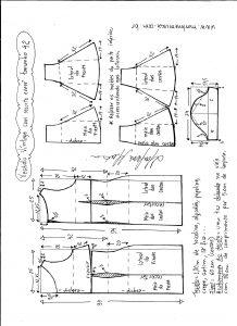 Esquema de modelagem de vestido víntage evasê com recorte tamanho 42.
