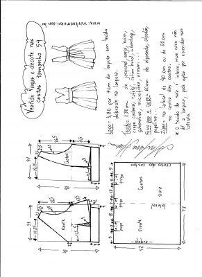 Esquema de modelagem de vestido com pregas e decote nas costas tamanho 54.