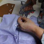 Vídeo: como pregar botão de pressão rita com alicate
